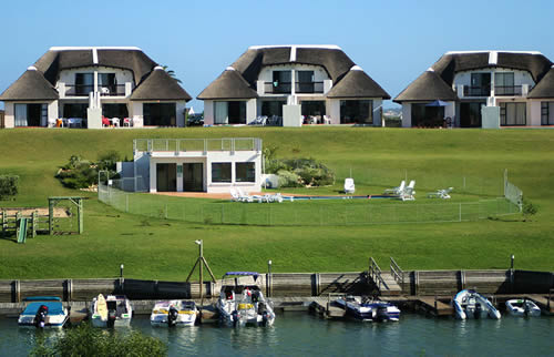 Royal Wharf Marina Resort